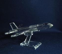 Модель пассажирского самолёта. Материал - стекло.