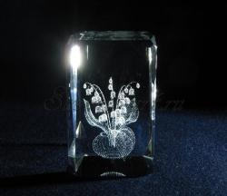Ландыши. Сувенир из стекла с лазерной гравировкой.