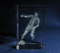 Купить эксклюзивные сувениры из стекла к Чемпионату мира по футболу 2018 года по цене от 1400 рублей.