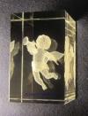 Гравировка в стекле. Ангелок с трубой 30х45мм.