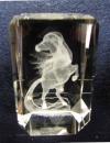Подарки из стекла. Лошадь в гранёной форме стекла.