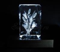 Букет лилий. Монохромная подсветка кристалла.