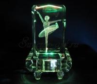 Балерина. Полихромная подсветка квадрат.